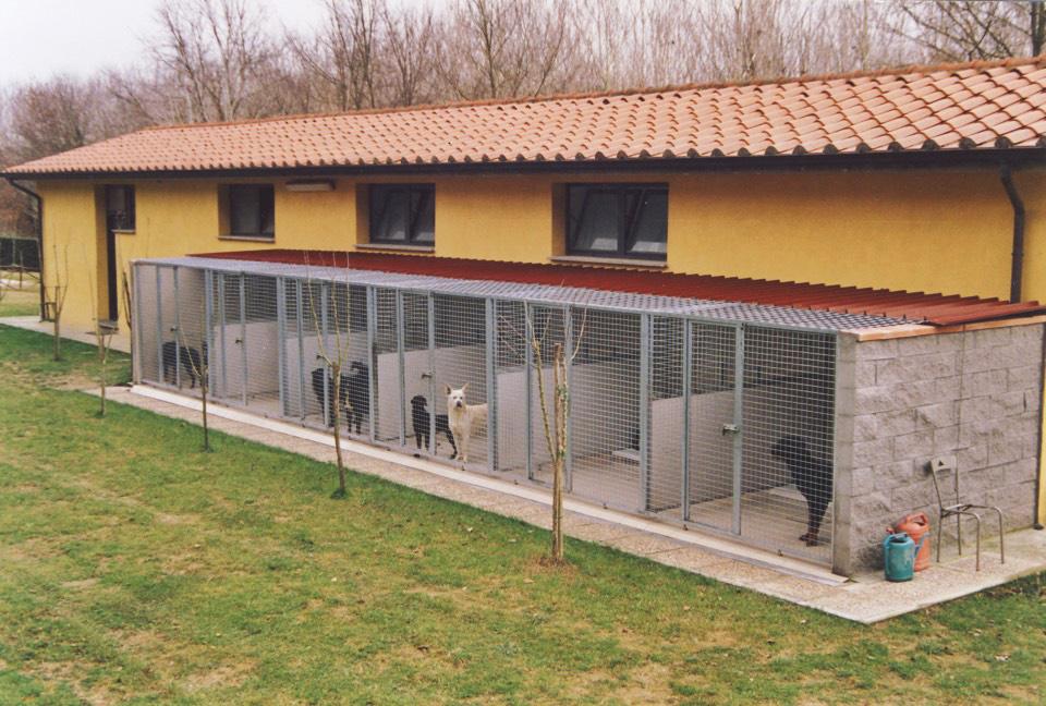 Bottici e serrini speciale cinofilia for Box per cani da esterno usati