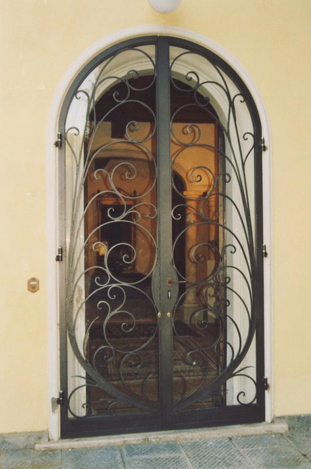 Bottici e serrini inferriate - Inferriate mobili per finestre ...